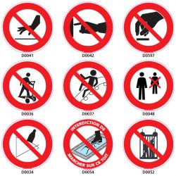 Panneaux d'INTERDICTION Risques accidentels