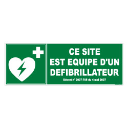PANNEAU CE SITE EST EQUIPE D'UN DEFIBRILLATEUR (B0262)