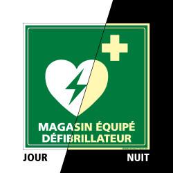 PANNEAU MAGASIN EQUIPE D'UN DEFIBRILLATEUR PHOTOLUMINESCENT (B0322-PHO)