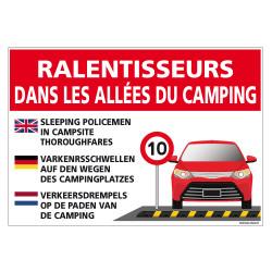 PANNEAU RALENTISSEURS DANS LES ALLEES DE CAMPING (H0315)