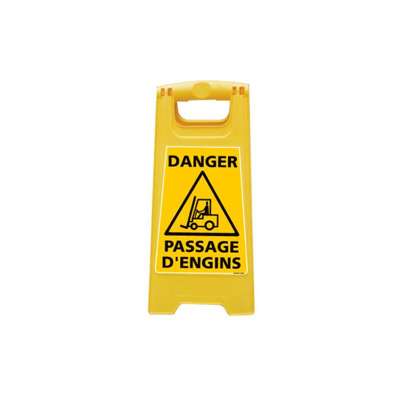 CHEVALET DE SIGNALISATION DANGER PASSAGE D'ENGINS (WPSG690I)
