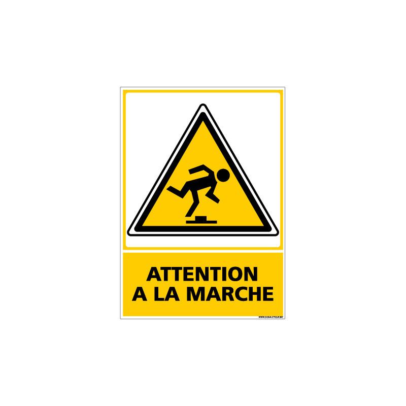 Panneau ATTENTION A LA MARCHE (C0530)